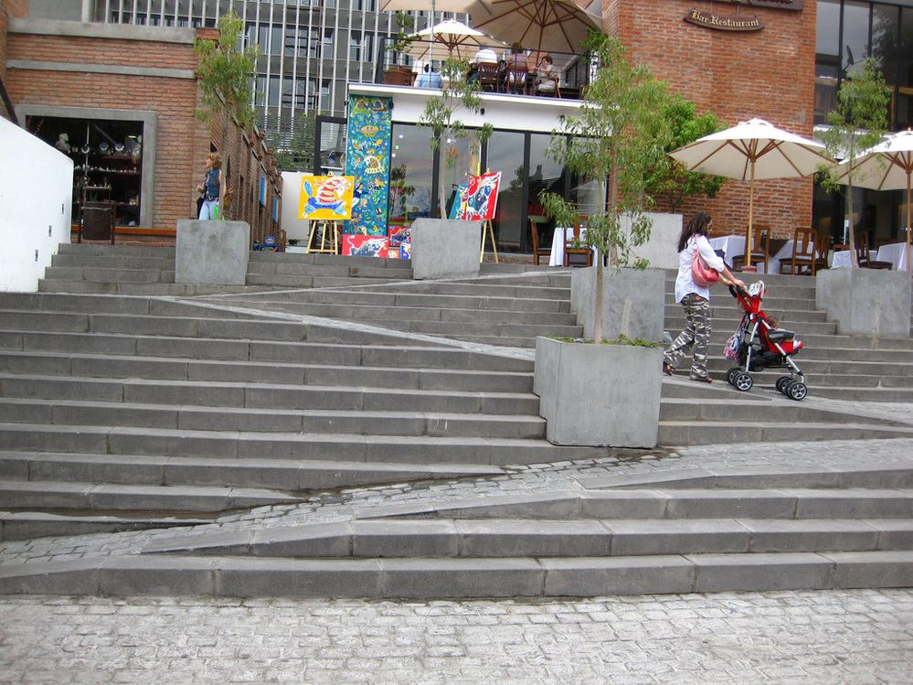 Merveilleux Ramp And Stairs